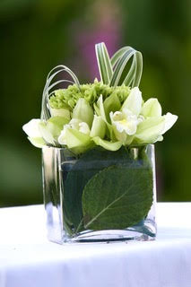 Flower arrangement in clear glass